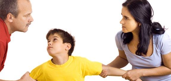fighting-over-child-divorce